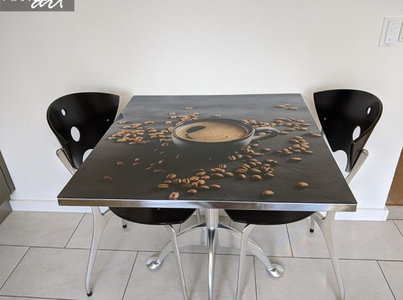 Gläserne Küchenrückwand von Kaffeebohnen