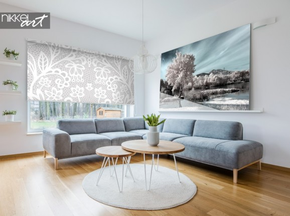 Wohnzimmer mit Fotorollo Seite