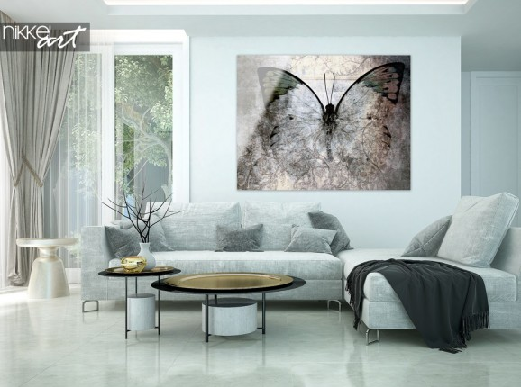 Wohnzimmer mit Schmetterling im Schmutz auf Plexiglas